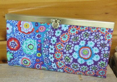 Make this wallet using your embroidery machine